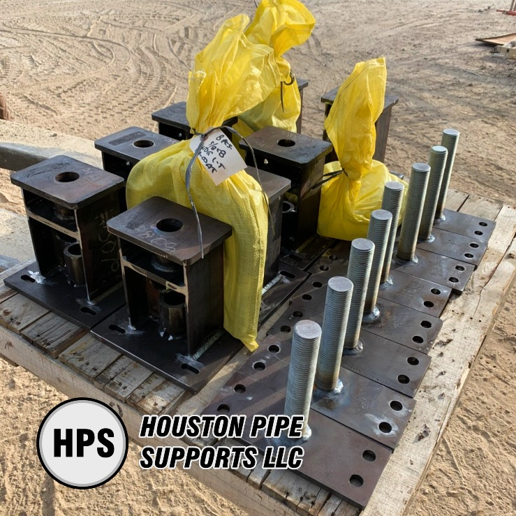 pallet of adjustable pipe supports