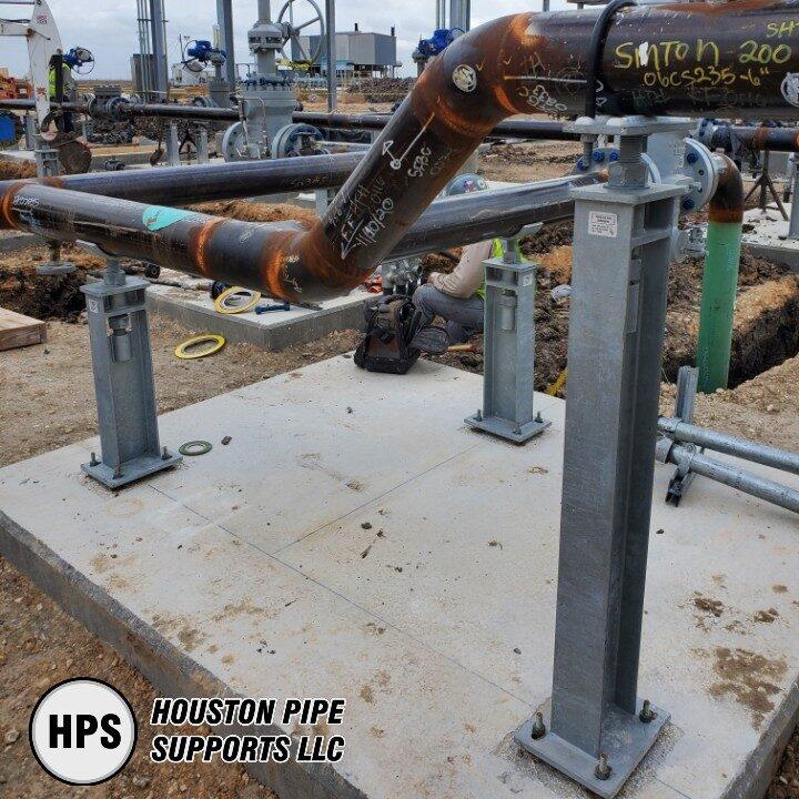 adjustable support, crade, pipe saddle, u-bolt, construction